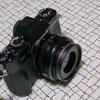 X-T3 X-T30 単焦点レンズとそのフードを考える