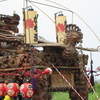船形川名の山車は細微な彫刻と瓔珞をくわえた鳳凰が優美。