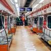 """韓国「ファンの人達が飾った""""地下鉄3号線、ジードラゴン列車""""」"""
