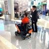 次世代車椅子のWHILLが、国内外5つの空港で自動運転パーソナルモビリティの実証実験している件