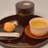 和菓子(こなし、まんじゅう)の正しい食べ方のマナー~懐紙、黒文字を使った作法を紹介~