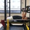 厚くかっこいい胸板を作る!ベンチプレスの特訓方法 大阪 梅田 中崎町 パーソナルトレーニング effort