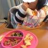 1歳☆つかみ食べとお皿