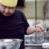 岡山の名店「 ぼっけゑラーメン 」!独特すぎる名物店主の湯切りを眺めながら超濃厚な醤油ラーメンをすする!(215杯目)