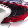トヨタC-HR LEDヘッドライト&テールライトすべてに水滴跡が出現