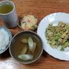 キャベツ野菜炒めと葱の吸い物とポテトサラダ
