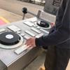 オランダ人に世界的有名DJが多い理由?公園で子供達が遊んでいた遊具