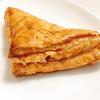 香ばしい生地がサクサクで美味しい!ファミマの三角パイ(マロン&ホイップ)