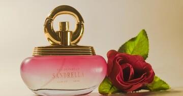 大好きなあの人の香り! はてなブロガーによる「推し香水」レポを集めました