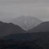 1000m級の金沢外縁の峰にも冠雪が