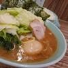 たまには本場の家系を食べる!ご飯と相性最高のスープ♪武蔵家
