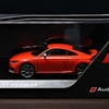 Audi公式ミニカー Audi Collection (アウディコレクション)  Audi TT RS coupé 1/43