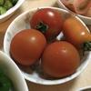 幸先生にお渡し下さい。収穫したてのトマトと手紙が入っていました。