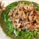 肉と野菜に特化した水晶豚しゃぶの生姜辣油サラダ(糖質7.4g)は、モリモリ系だよ!