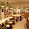 本の街、神保町で読書を楽しめる!おすすめのブックカフェ7選【最新】