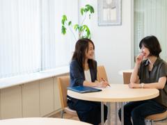 【深く生徒を知る大切さ】生徒の声を聞くことを何よりも大事にし、その声を集客にも活用することで人気を獲得してきた大阪の資格取得スクール①