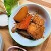 【作り置きレシピ】鶏肉と根菜の醤油麹煮の作り方。