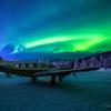 アメリカ アラスカのチナ温泉から見る神秘のオーロラ