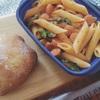 高加水低酵母のチャバタ&トマトチーズパスタ。