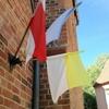 3本の旗 ジェロナグラの教会で