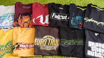 ゲームロゴTシャツを普段着にすることについて