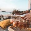 ロゼ・シャンパンとは?名前の由来や味わい、香りを徹底解説!