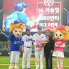 イ・スンヨプ(サムソン)、韓国での通算2000安打達成  SK4連勝で4位浮上