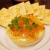 日本酒をワイングラスで飲み、カマンベールチーズ焼きをつまむシアワセ / 北浦和 COVO
