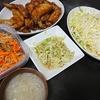 手羽先甘辛揚げ、スープ、白菜サラダ