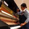 初登場のピアノ担当です。