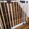 結局、階段に日本育児さんの「スリムダブルロックゲート(ホワイト)」を設置した話。