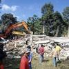 スマトラでM6・5地震…94人死亡、倒壊多数