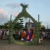 夏の悪疫解除、祈願を勤修【法華寺 蓮華会式】は境内が燈籠の明かりに包まれ、幻想的な法要です。(奈良市)