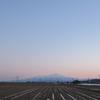 私が眺めていた鳥海山に。