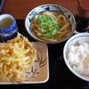 丸亀製麺でかき揚げを天丼にして楽しむ