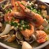 海老とアサリのアヒージョはバゲットやワインに アレンジレシピも