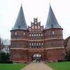 """ホルステン門がかっこいい!北ドイツ""""ハンザの女王""""リューベックを街歩き"""