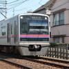 京成電鉄の車両を撮る