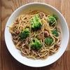 【ズボラ飯】調理時間10分!サバ缶とブロッコリーのパスタ【手抜き】