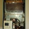ガス給湯器、交換の前にまずは点検では?