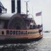 外輪船の動画