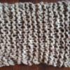 棒針の代わりに指で編むスヌード。初心者さんにもすぐにできます。