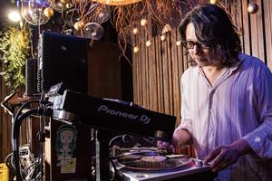 ACOUSTIC REVIVE ヘビー・ユーザー・ストーリー「成浩一(bar bonobo)」