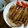 料理男子「味噌汁・アスパラの豚肉巻き・ササミの梅入りジャコのせを作ってみた」