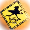 SURF-N-SEAのステッカーを見つけたよ〜しろときいろ