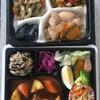 セブンイレブン「セブンミール」のヘルシーなお弁当&惣菜セットが便利すぎる【西新宿ランチ】