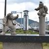 五条大橋の牛若丸と弁慶の像。