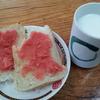 明太子パンと牛乳