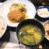 渋谷店ほの字さんで和風ハンバーグ定食。表参道店と比較。