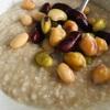 最近の朝食の定番、蒸し豆オートミール